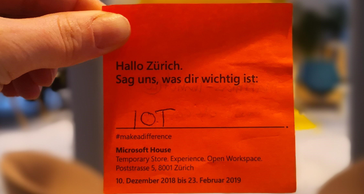 red post.-it IOT