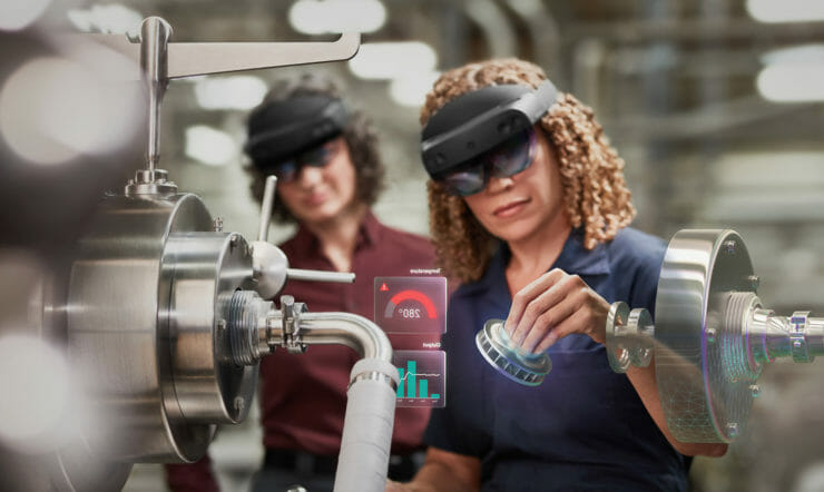 Manufacturing - Adult females working on industry