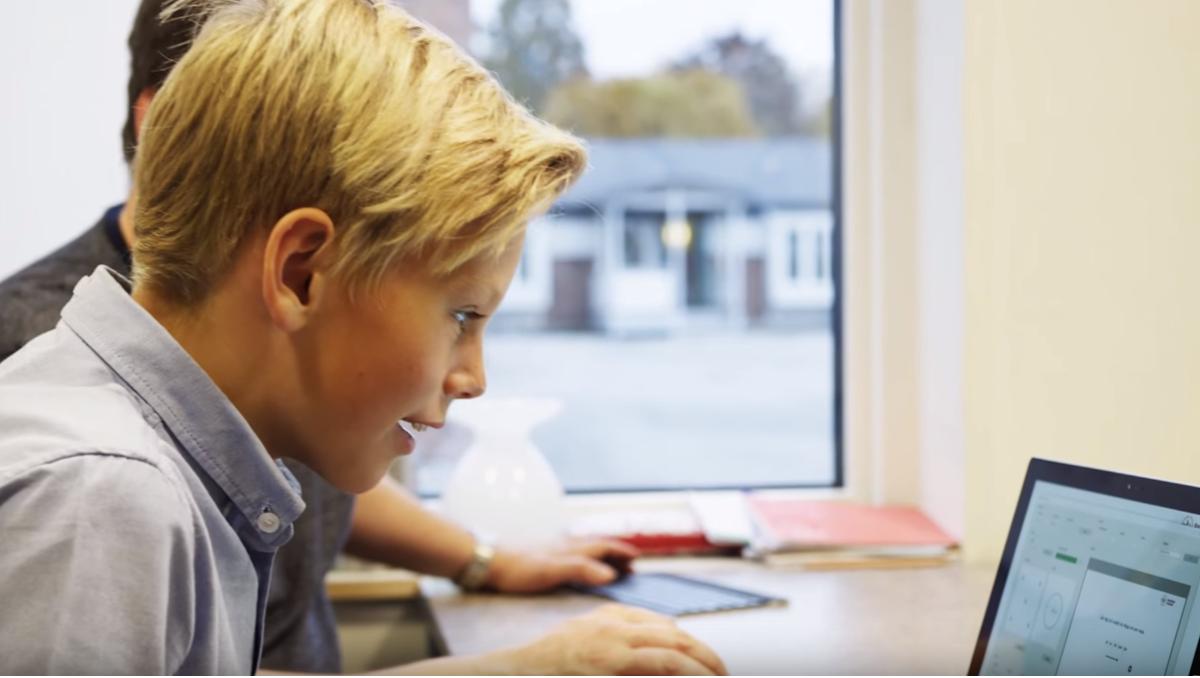 L'entreprise suédoise Optolexia aide les écoles à détecter à un stade précoce la dyslexie chez les élèves grâce à l'apprentissage automatique sur le cloud.