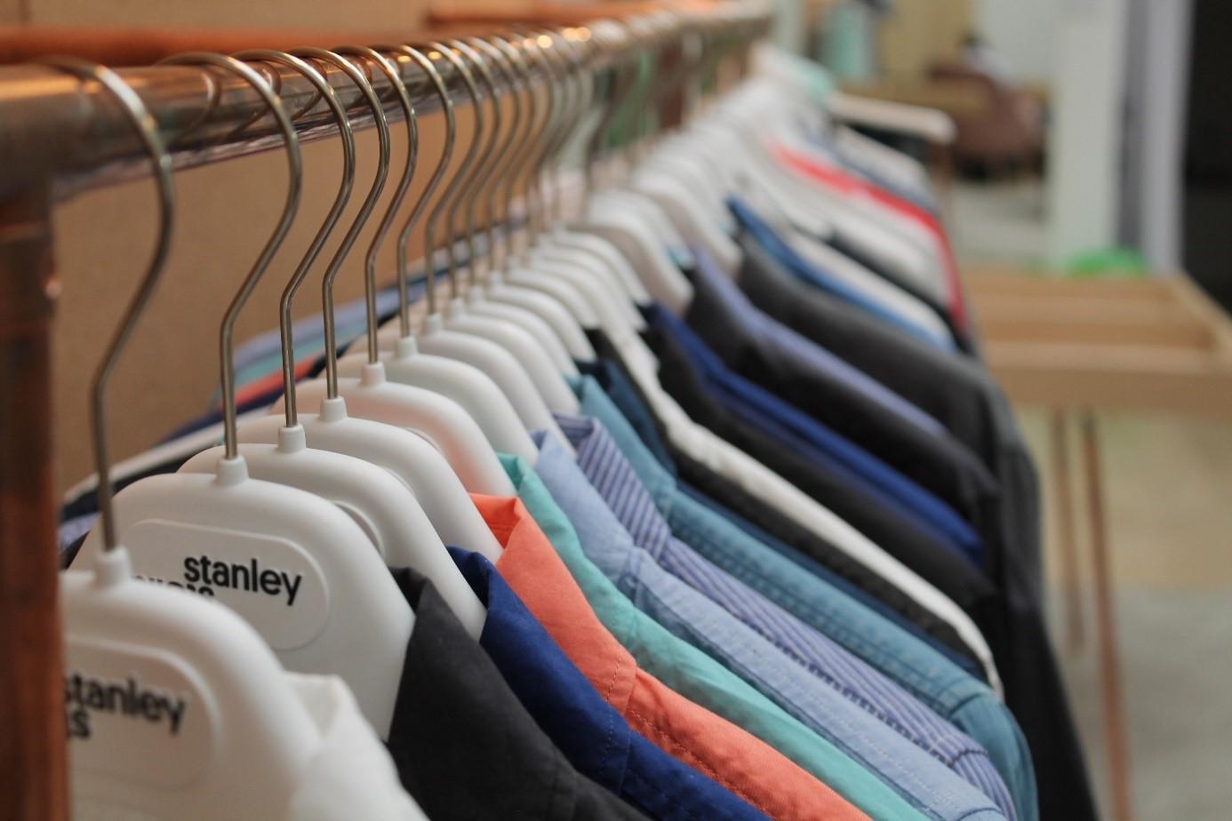 Grâce à l'utilisation intelligente de logiciels du cloud, les fournisseurs, les salariés et même les clients ont accès à des informations concernant les vêtements de la marque Stanley & Stella.
