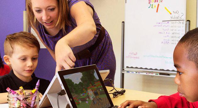 Mehr Power für die ganze Klasse, dank des flexiblen Surface Go 2!