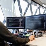 developer programmeert