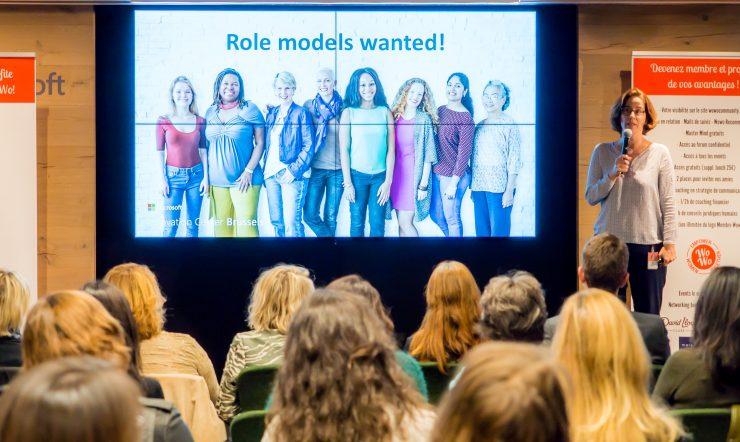 Pourquoi les jeunes femmes ne sont pas plus intéressées par les filières STEM ?