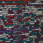 Computetaal afgebeeld op een computerscherm.