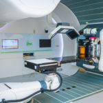 Toestel waarmee prothonterapie bij kankerpatiënten wordt toegepast