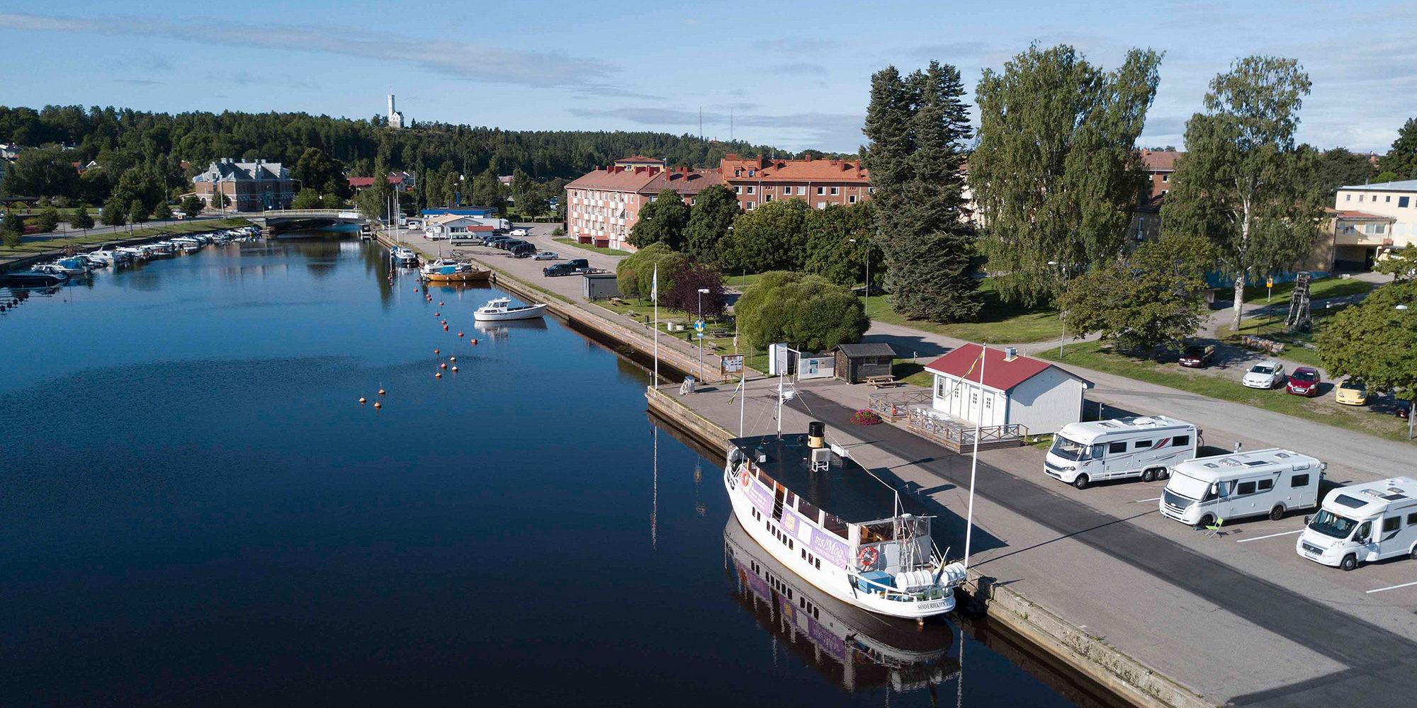 Ein Boot in Söderhamn