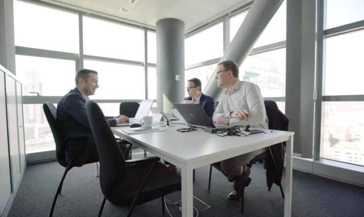 Grâce à l'automatisation, VLAIO offre un service davantage orienté client