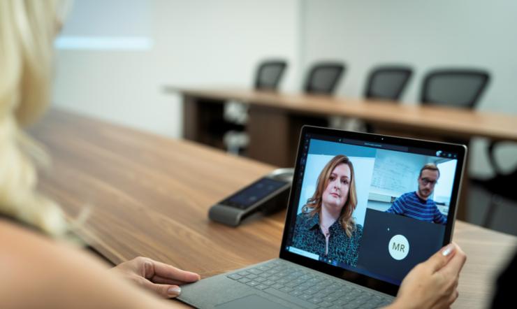 Fremtidens arbeidsplass: Hvordan åpne for bedre kommunikasjon i ny arbeidshverdag