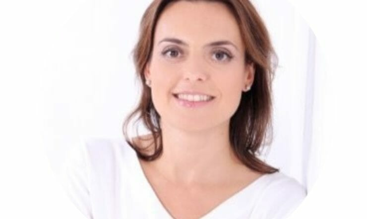 Elena Casas